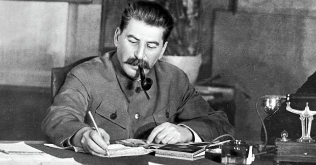 ISTRAŽIVANJE JAVNOG MNIJENJA U PROTEKLE DVIJE DECENIJE: Staljin u Rusiji nikada nije bio popularniji nego danas